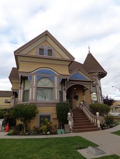 ˚John Steinbeck House - Salinas, California His home is now a restaurant and they serve the most delicious food