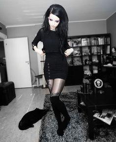 Very cute all in black x