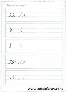 Atividades de caligrafia com vogais - SÓ ESCOLA Preschool Education, Preschool Learning Activities, Preschool Worksheets, Kids Learning, Teaching Cursive Writing, Cursive Writing Worksheets, Learning Numbers, Learning Letters, Easy Toddler Crafts