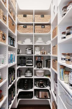 Space Lift: Walk In Pantry - NEAT Method India Home Decor, Home Decor Shops, Rooms Home Decor, Pantry Closet Organization, Pantry Interior, Cute Wall Decor, Mobile Home Decorating, English House, Living Room Colors