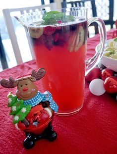 A collection of recipes and meal ideas to serve at a Christmas in July party/get together, snack, desserts, roasts and more.