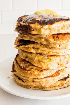 Banana chocolate chunk almond butter pancakes | immaEATthat.com
