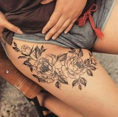 Ideas Tattoo Frauen Spruch Oberarm For 2019 Front Thigh Tattoos, Tattoos For Women On Thigh, Cross Tattoos For Women, Back Tattoo Women, Sleeve Tattoos For Women, Lower Back Tattoos, Flower Tattoos On Thigh, Back Thigh Tattoo, Upper Leg Tattoos