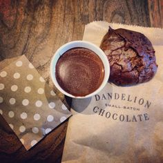 Hot chocolate at Dandelion Chocolate (@Dandelion Chocolate) San Francisco