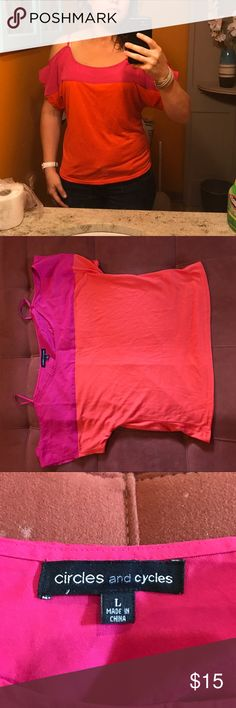 Circles and Cycles Top NWOT. Orange and pink Top. Smoke free dog friendly home. Size L. Circles and Cycles Tops Blouses