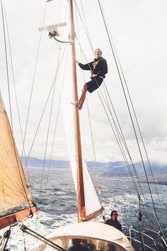 Sailing freedom by Matutino!, via Flickr