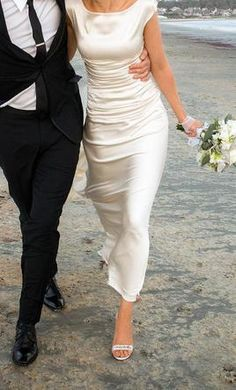 Le Spose Di Gio CL 26: buy this dress for a fraction of the salon price on PreOwnedWeddingDresses.com