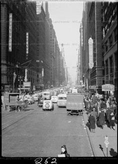 """Garment Center"", looking north on 7th Avenue  1935-1941"