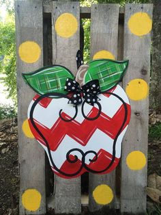 Apple Chevron Door Hanger by WhimsyGirlArt Fall Crafts, Holiday Crafts, Diy And Crafts, Painted Doors, Painted Signs, Hand Painted, Burlap Crafts, Wooden Crafts, Burlap Signs