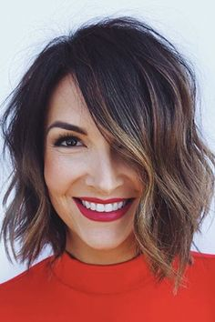 See here more amazing and beautiful trends of blunt chin length bob hairstyles to wear nowadays. Here you may find various kinds of bob cuts to wear nowadays. Bob Hairstyles brunette 50 Stunning Blunt Chin-Length Bob Haircuts for 2019 Cute Bob Hairstyles, Layered Hairstyles, Bob Hairstyles Brunette, Hairstyle Ideas, Brunette Bob Haircut, Wedding Hairstyles, Balayage Bob Brunette, Braided Hairstyles, Hairstyles For Bob Hair