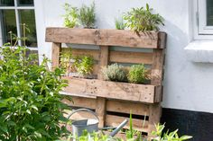 fantastic idea when you need a little xtra space in your garden... :)