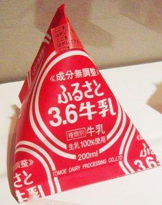 Tetra_Classic_of_milk_Tomoe.jpg
