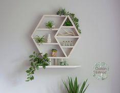 Hanging Wood Shelves, Ladder Shelf Diy, Solid Wood Shelves, Floating Wall Shelves, Plant Shelves, Wood Shelf, Small Potted Plants, Mini Plants, Essential Oil Shelf