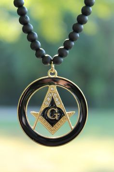 2017 masonic necklace for master mason chains with zinc alloy fashionable wooden bead chain necklace new freemason round pendant 6mm30 wooden bead chain hip hop necklace aloadofball Gallery