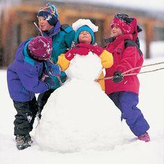 Headless Snowman by spoonful.com: Snap funny shots as kids ham it up behind a headless snowman! #Kids #Games #Headless_Snowman