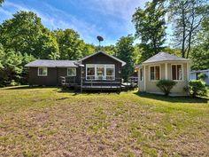 Maison à vendre à Denholm, Outaouais - 199900 $ Shed, Outdoor Structures, Backyard Sheds, Sheds, Coops, Barn, Tool Storage