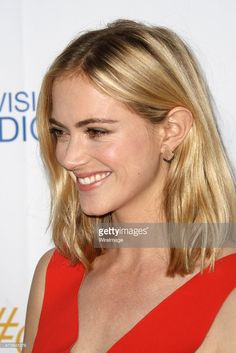 Emily Wickersham looking stunning and wearing our Deco Parker Earrings in 18K rose gold and black diamonds, at the CBS Television Studios 3rd Annual Summer Soiree Party on Monday! @emilywickersham Available at @ileanamakristore #ileanamakripress