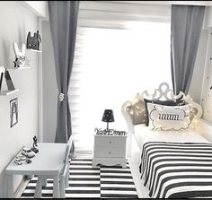Black, white contrast in each room. Selma lady& modern line decor . - Our host Selma, who applied her beloved black and white contrast in every corner of her house in ma - Diy Kids Room, Room Decor For Teen Girls, Diy For Kids, Teen Bedroom, Diy Bedroom Decor, Diy Home Decor, White Rooms, Interior Design Services, Decor Styles