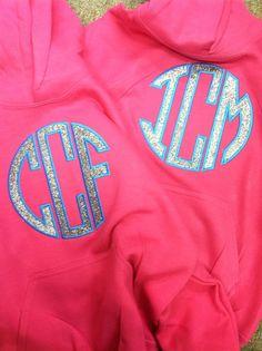 glitter applique sweatshirts - Google Search Heat Press Vinyl, Heat Transfer Vinyl, Making Shirts, Fun At Work, Vinyl Designs, Apparel Design, Applique Designs, Embroidery Applique, Sweatshirts