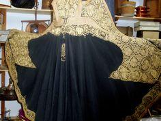Γιαννιώτικο χρυσοκέντητο πιρπιρί Kaftan, Vintage Fashion, Costumes, Traditional, Formal Dresses, Folk Art, Greece, Outfits, Memories