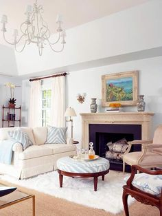 Decorating a living room has never been easier with inspiration from these gorgeous spaces. Discover living room color ideas and smart living room decor tips that will make your space beautiful and livable. Living Room Decor Tips, Living Room Colors, Home Living Room, Living Room Designs, Living Spaces, Bedroom Decor, Home Theaters, Home Interior, Interior Design