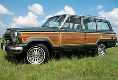 Jeep Wagoneer - my absolute dream car Jeep Wagoneer, My Dream Car, Dream Cars, Classic Trucks, Classic Cars, Green Jeep, Woody Wagon, Off Road Adventure, Vintage Trucks