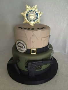Really cool cake! Just make it CHP Police Retirement Party, Police Party, Retirement Cakes, Fancy Cakes, Cute Cakes, Cop Party, Police Cakes, Promotion Party, Cakes For Men