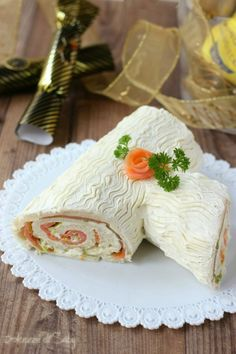 Chorizo cake fast and delicious - Clean Eating Snacks Sandwiches, Sandwich Cake, Jelly Roll Cake, My Favorite Food, Favorite Recipes, Christmas Cheesecake, Christmas Dishes, Food Festival, Savoury Cake