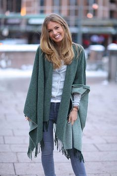 Two faced poncho dark green/mint