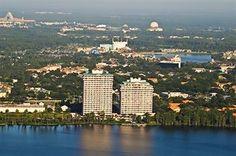 Blue Heron Beach Resort - Hotels.com – ligger vid Lake Buena Vista, 6 nätter 4 564:-, pooler, gratis Wi-Fi i allmänna utrymmen, ingen frukost.