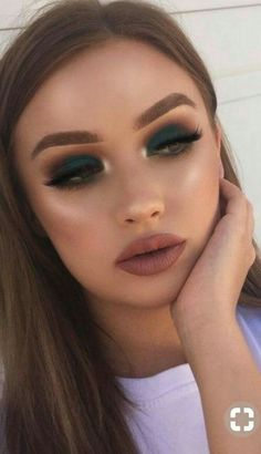Gorgeous Makeup: Tips and Tricks With Eye Makeup and Eyeshadow – Makeup Design Ideas Green Eyeshadow Look, Makeup For Green Eyes, Eyeshadow Makeup, Makeup Brushes, Eyeshadows, Pink Eyeshadow, Sephora Makeup, Makeup Glowy, Natural Makeup