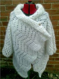 Haw Frost Shawl Cardigan ~ This shawl with sleeves is a free pattern.