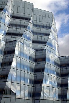 IAC or InterActive Corp Building by architect Frank Gehry