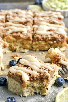 This Paleo Lemon Zucchini Coffee Cake is tender, moist, and has the best crumb topping! It's gluten free, dairy free, and is sure to become a new favorite! #paleo #glutenfree #healthy #easyrecipe #dairyfree | realfoodwithjessica.com @realfoodwithjessica Paleo Sweets, Paleo Dessert, Dessert Recipes, Desserts, Baking Fails, Real Food Recipes, Yummy Food, Lemon Zucchini, Paleo Breakfast
