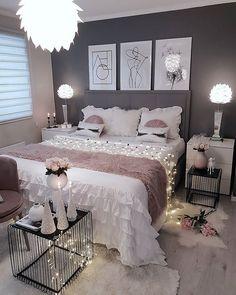 58 Popular and Modern Small Bedroom Design Ideas Part bedroom ideas; bedroom ideas for small room; Small Bedroom Designs, Small Room Bedroom, Room Ideas Bedroom, Home Decor Bedroom, Girls Bedroom, Design Bedroom, Small Rooms, Nice Rooms, Teen Bedrooms