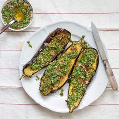 Chimichurri-munakoisot Chimichurri, Avocado Toast, Chili, Breakfast, Food, Morning Coffee, Chile, Essen, Meals