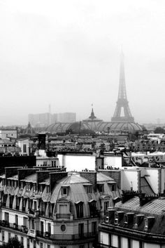 Paris in the Mist by helenacarrington