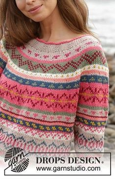Knitted jumper with round yoke and multi-coloured Norwegian pattern, worked top down. Sizes S - XXXL. The piece is worked in DROPS Paris. Design norweger Magic Mountain / DROPS - Free knitting patterns by DROPS Design Fair Isle Knitting Patterns, Jumper Patterns, Fair Isle Pattern, Sweater Knitting Patterns, Knitting Designs, Free Knitting, Crochet Patterns, Sock Knitting, Knitting Tutorials