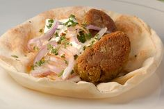 Falafel me Fakes Vegetarian Recipes, Snack Recipes, Healthy Recipes, Healthy Meals, Sauces, How To Cook Beans, Falafel, Greek Recipes, Weight Watchers Meals
