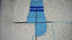 Lucru de mana crosetat, tricotat: Sosete tricotate. Invatam sa tricotam sosete.