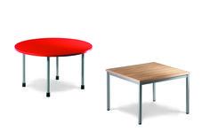 Petites tables et chaises pour les plus jeunes lecteurs