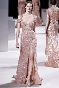 http://www.style.com/slideshows/2011/fashionshows/S2011CTR/ESAAB/RUNWAY/00080fullscreen.jpg