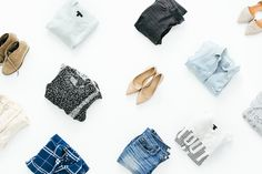 A capsule wardrobe is a great way to simplify & streamline your wardrobe. #style #capsulewardrobe #FearfullyFashioned