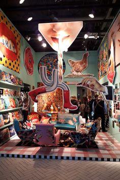 Einer der abgefahrensten Messestände, die wir in Paris gesehen haben 😄 Art Deco Stil, Paris, Carousel, Fair Grounds, Travel, French Art, Dining Ware, Ground Covering, Wallpapers