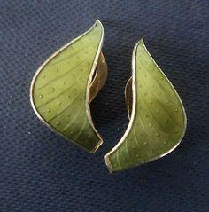 Norwegian-Sterling-Silver-Green-Enamel-Clip-On-Earrings-Ivar-Holt-Norway