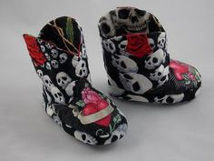 Hey, I found this really awesome Etsy listing at https://www.etsy.com/listing/174320270/hearts-and-skulls-baby-boots