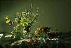 Tea with mint and rosehip By Irina Shipunova From beautifulklicks.tumblr.com