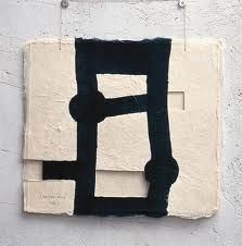 Eduardo Chillida (1924-2002), Gravitación (untitled/number not known). Cut paper, black ink and cord.