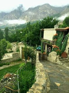 Book tour packages to Hunza Karimabad on cheap rates through iMusafir.pk.