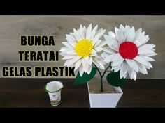 Ide Kreatif Kreasi Bunga Teratai dari Gelas Plastik Minuman - YouTube Hat Boxes, Bottle Art, How To Make Paper, Flower Making, Plastic Bottles, Handmade Crafts, Handicraft, Paper Flowers, Origami